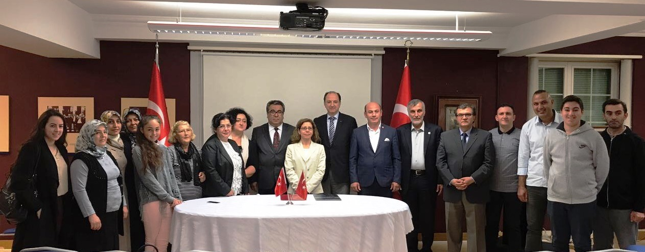 İsviçreli Türklere Açık Öğretim İmkanları Tanıtıldı!