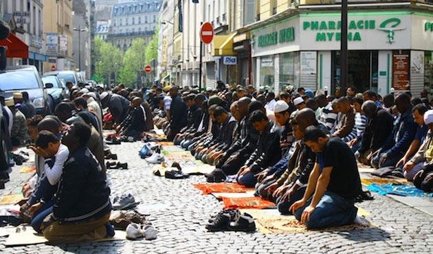 Avrupa'da Müslümanlara Yapılan Ayrımcılık Artıyor