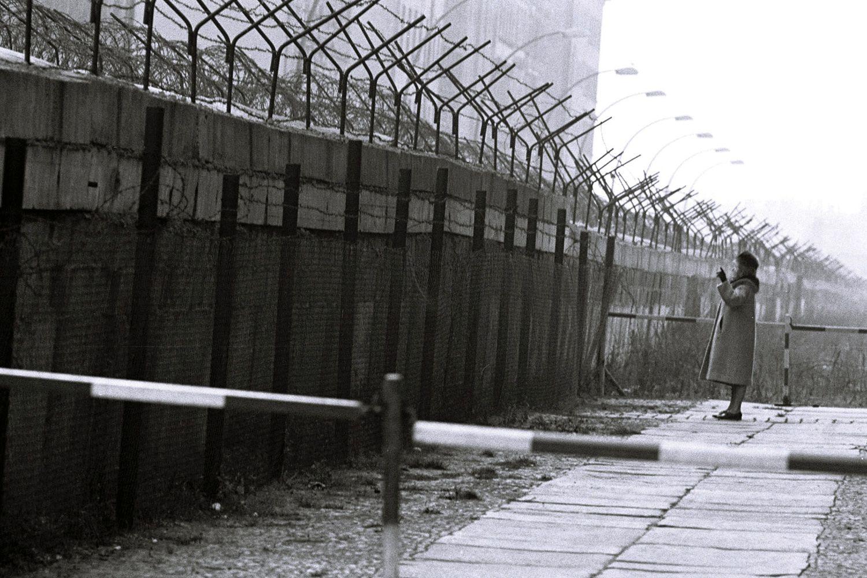 'Utanç duvarı'nın yıkılışının üzerinden 27 yıl geçti