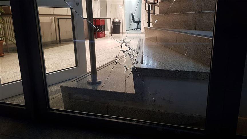 Almanya'da camiye saldırı