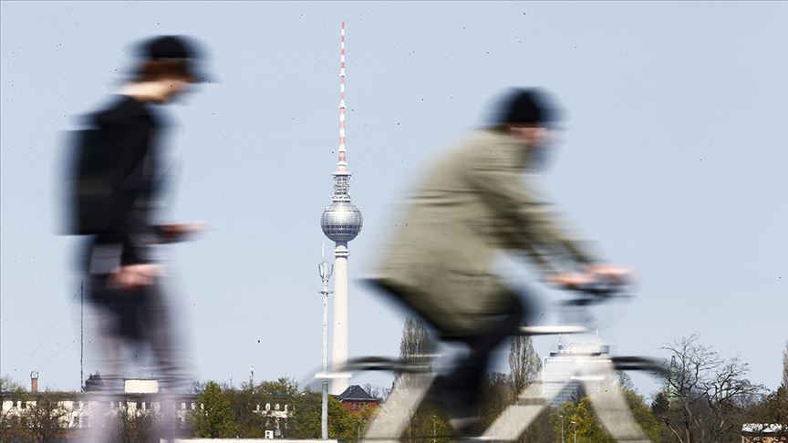 Almanya'da 1 milyon 800 bin Kovid-19 ihtimali