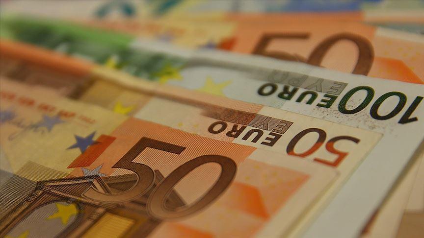 Avrupa ekonomileri daraldı