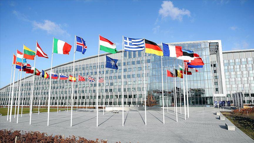 Fransa NATO'yu yıpratıyor