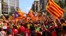 İspanya Hükümeti Katalonya'daki Gerginliği Düşürmeye Çalışıyor