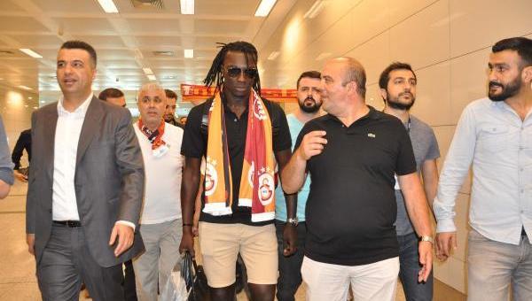 Gomis İstanbul'a geldi