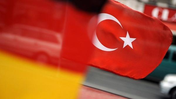 Alman siyasiler Türkiye'ye tepkili