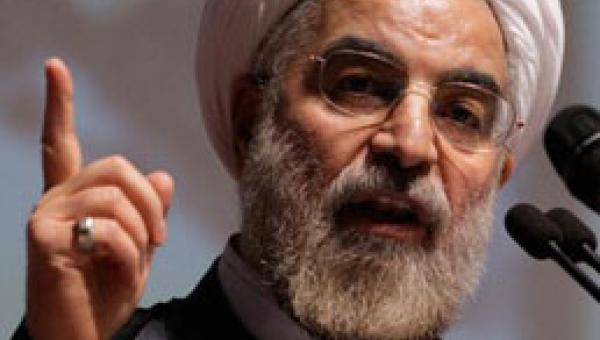 """Ruhani: """"İki yüzlü ABD"""""""