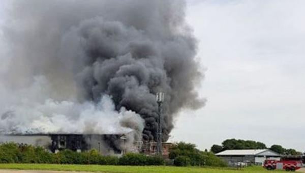 Londra Southend Havalimanında patlama