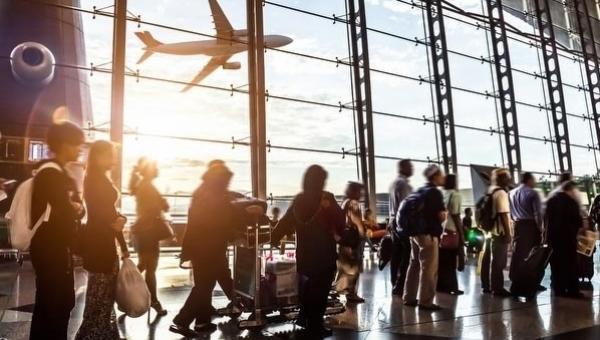Havaalanında ve Uçakta Alkole Sınırlama