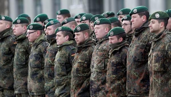 Yurt dışında görevli Alman askerlerin görev süreleri uzatıldı