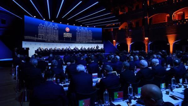UEFA Kongresi Amsterdam'da