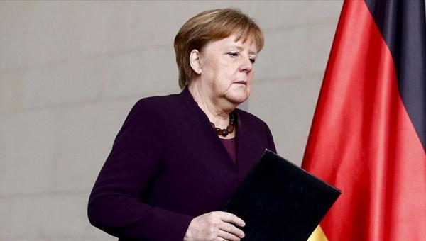 Merkel: Ekonomik zorluk yaşıyoruz
