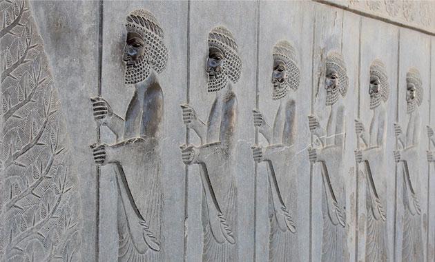 İtalya İran'da Persepolis'in restorasyonuna destek oluyor
