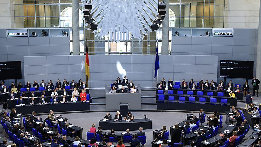 Almanya, Yunanistan krizinden 2,9 milyar avro kazandı