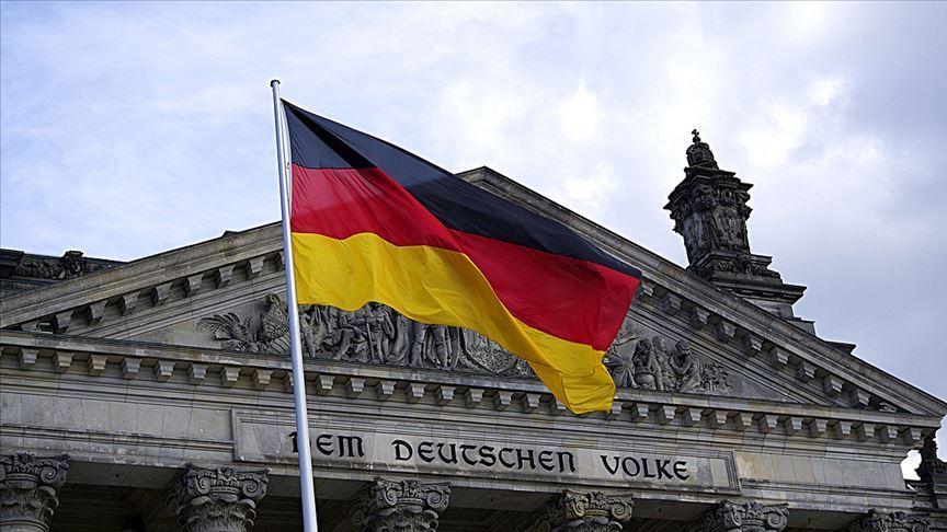 Almanya camileri korumuyor