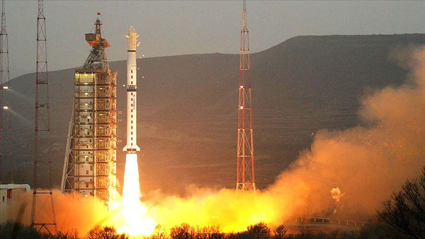 Çin Gaofın-7'yi uzaya fırlattı