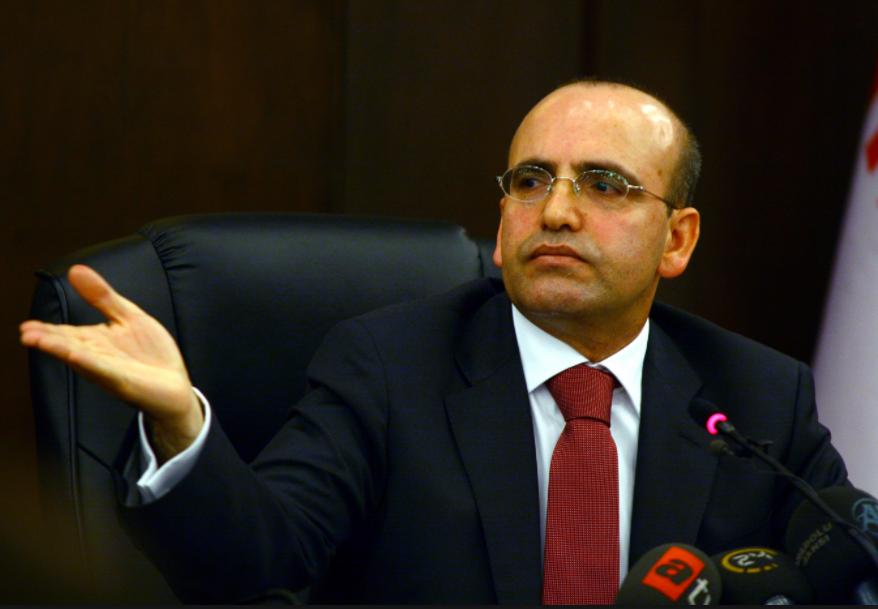 """""""Anayasa değişikliği Türkiye'nin önünü açacak"""""""