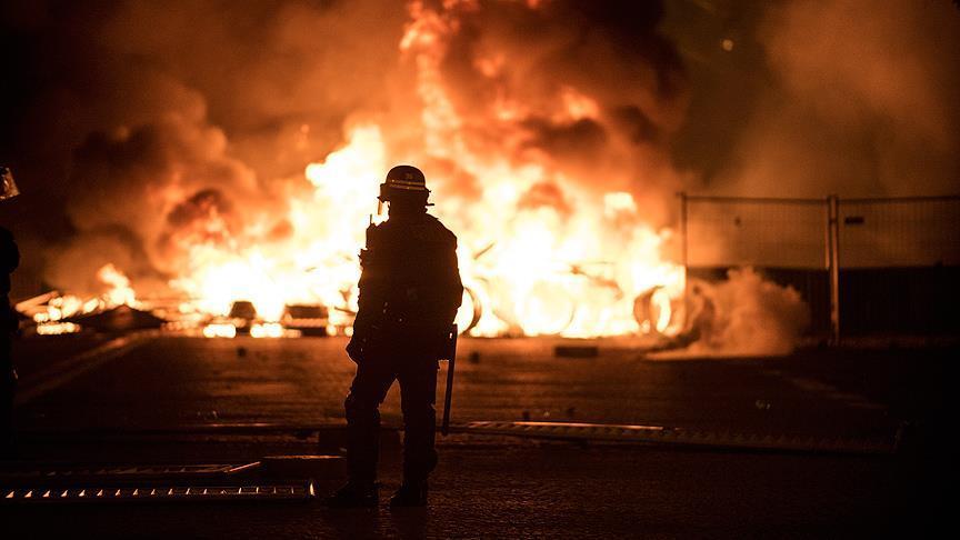 Fransa gösterileri 43 bin kişi işsiz bıraktı