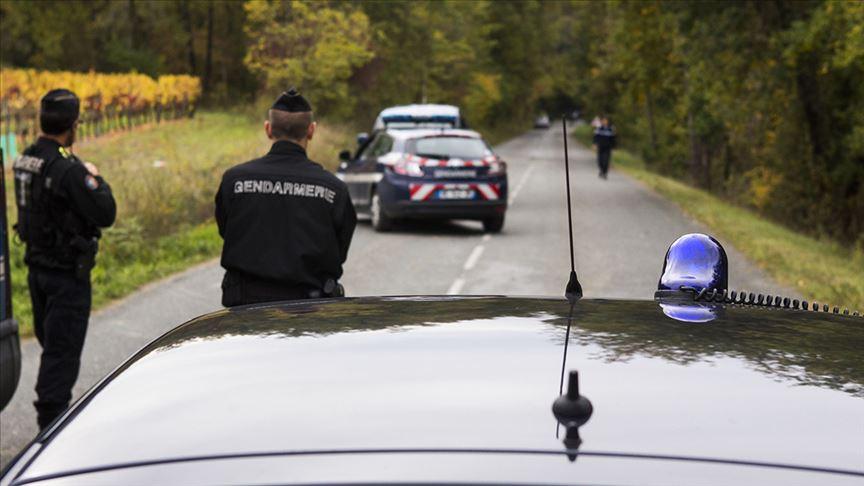 Fransa'da sürücü 2 Türk çocuğa çarptı