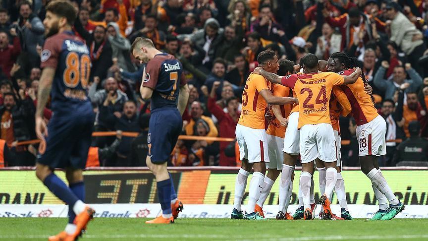 Galatasaray zirveyi devraldı