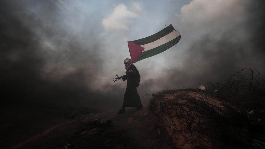 İsrail Gazze de 130 Filistinliyi yaraladı