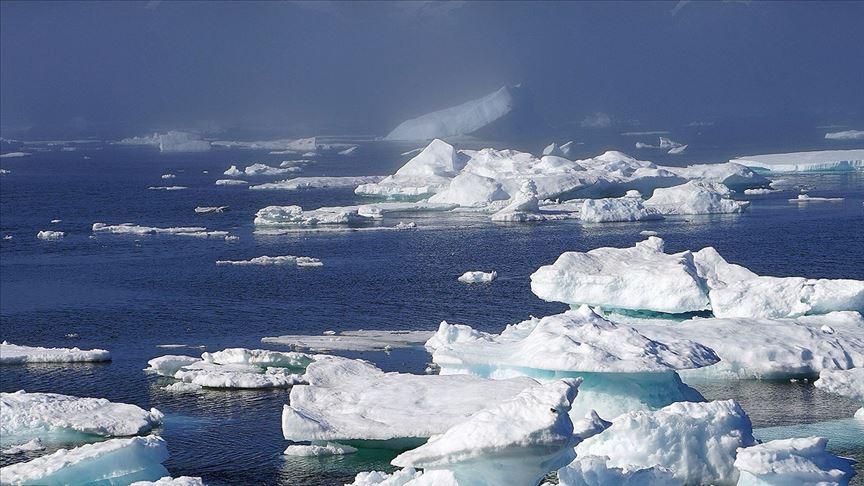 Grönland'da bir ayda 179 milyar ton buz yok oldu