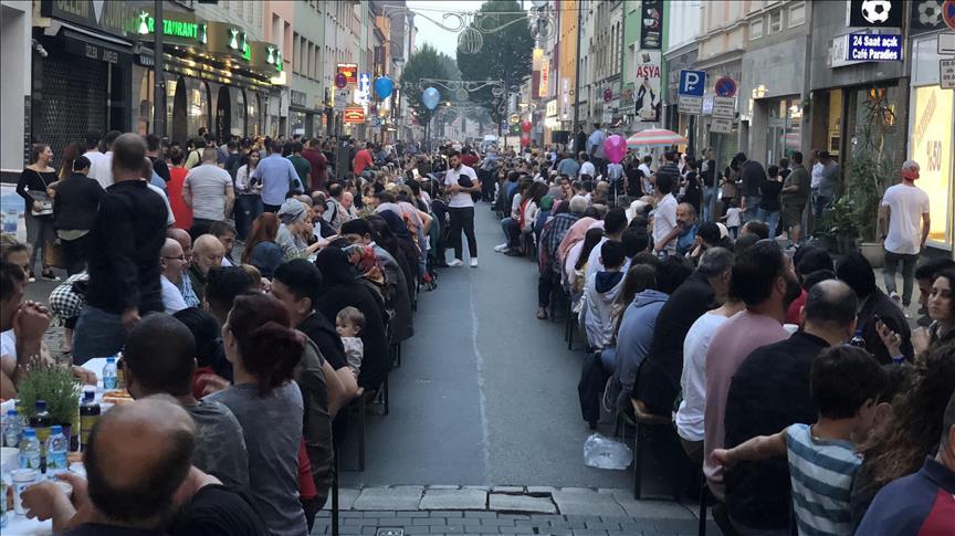Türk caddesinde iftar