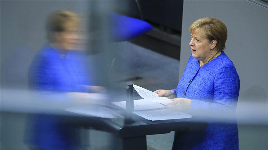 Merkel: Türkiye NATO kalmalı