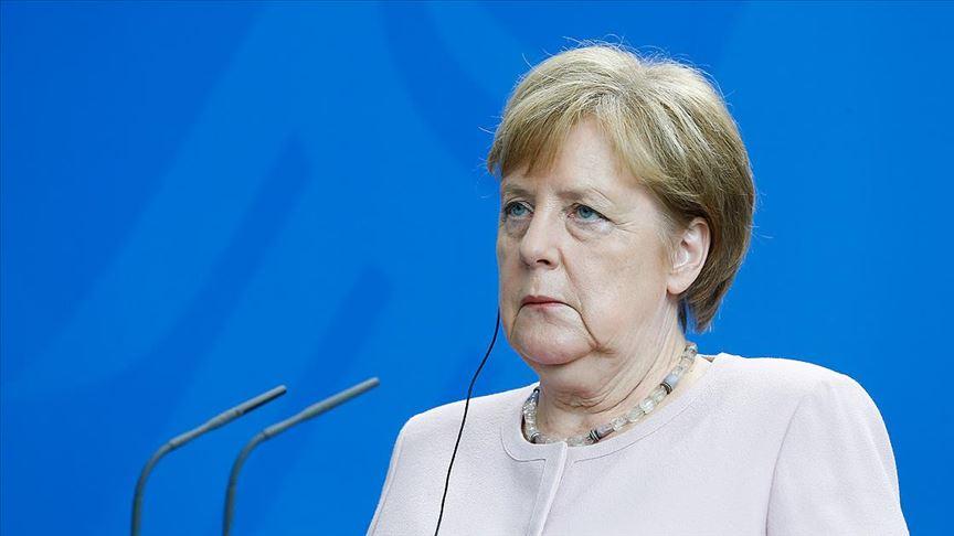 Merkel Irak'ta Kürt devleti karşıtı