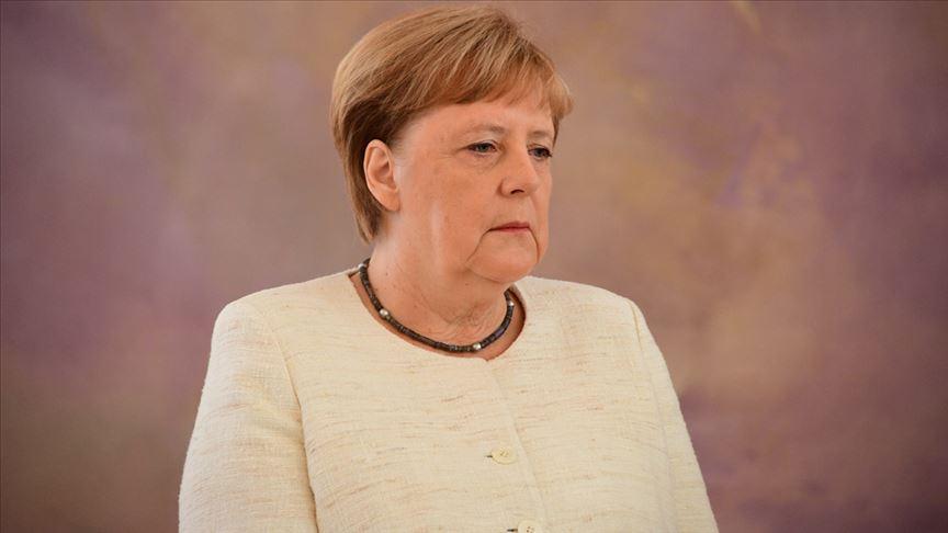 Merkel ve yeni titreme nöbeti
