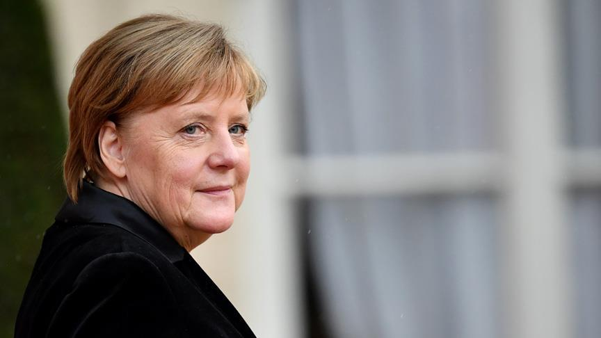 Almanya'dan yapay zekaya 3 milyar