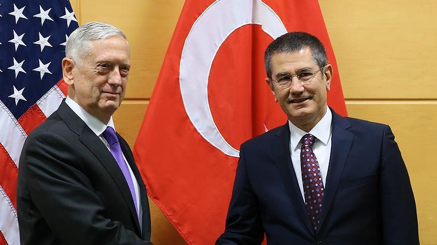 Milli Savunma Bakanı Canikli ile ABD'li mevkidaşı Mattis'in görüşmesi başladı