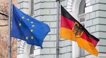 Almanya büyümeyi 0,5'e indirdi