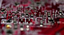Çin'de üretilen bilgisayarda casus çip iddiası