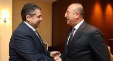 Davutoğlu, Almanya Dışişleri Bakanı Gabriel ile görüştü