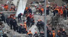 Çöken binada 17 kişi öldü