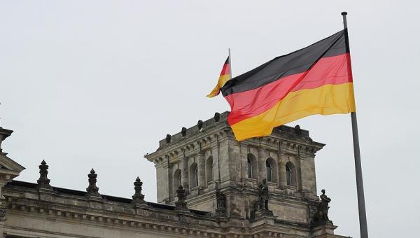 Almanya'nın Arabistan'a silah satışı dolu dizgin