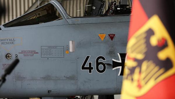 Almanya'nın göreve hazır uçak ve helikopter sayısı yetersiz