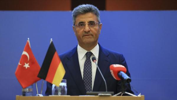 Berlin Büyükelçisi Aydın: uyarı