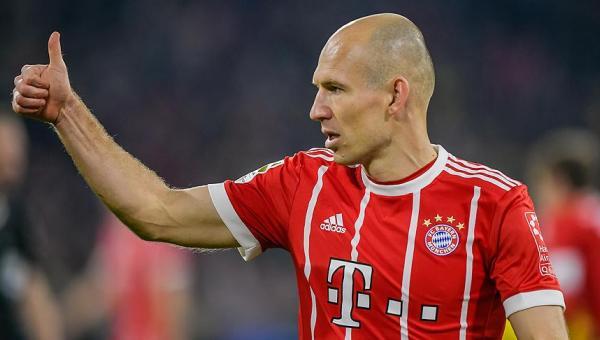 Robben ve Rafinha bir yıl daha Bayern Münih'te