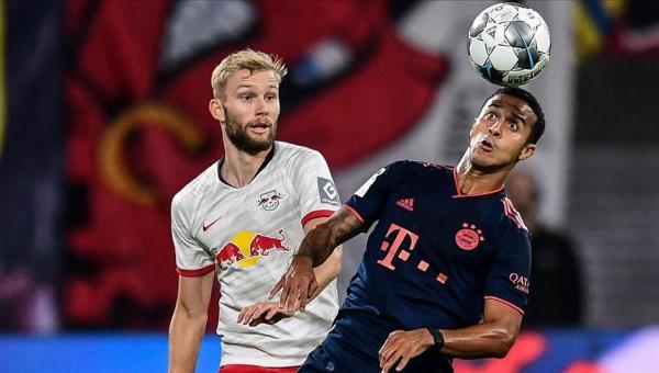 Bayern Münih, 1 puanla döndü