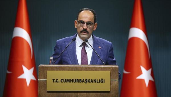 Türkiye ne Batı'dan ne de dünyanın başka bir yerinden uzaklaşıyor