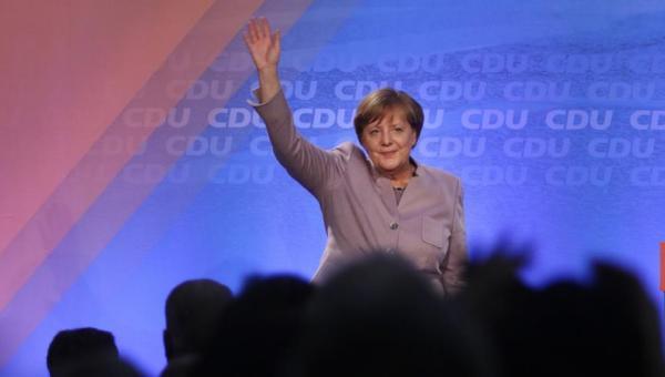 Eyalet seçim sonuçları Merkel'in gücünü artırdı