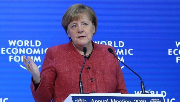 Merkel: Küresel yapı ancak uzlaşmaya hazırsak çalışabilir