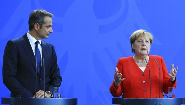 Merkel: Türkiye ile sürekli varız