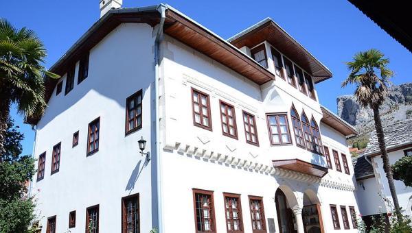 Mostar'ın asırlık Osmanlı konakları
