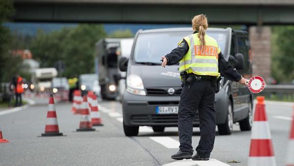 Almanya'da yeni polis