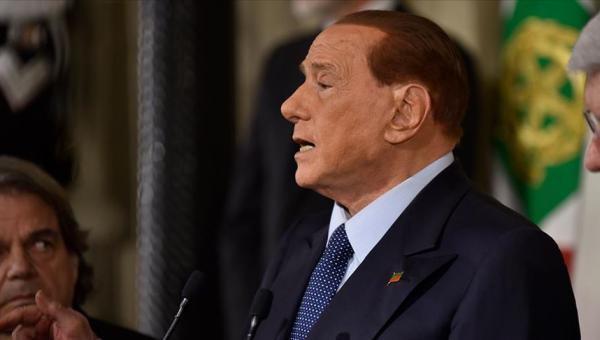 Berlusconi: AB, Türkiye'yi kazansın