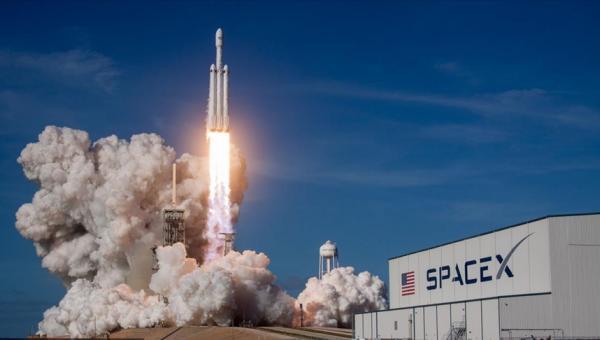 SpaceX'in personel taşıyıcı kapsülü uzaya fırlatıldı