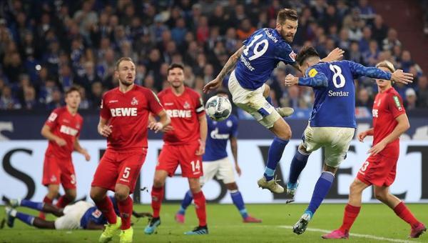 Schalke 04'e Suat Serdar'ın golü
